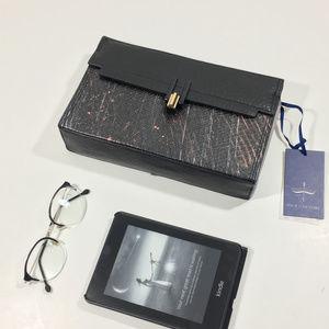 Pour La Victoire Leather Snakeskin Box Clutch